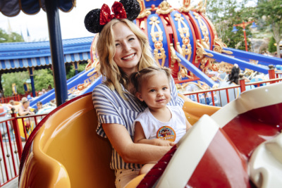 Candice Accola Visits Walt Disney World [14 июня]