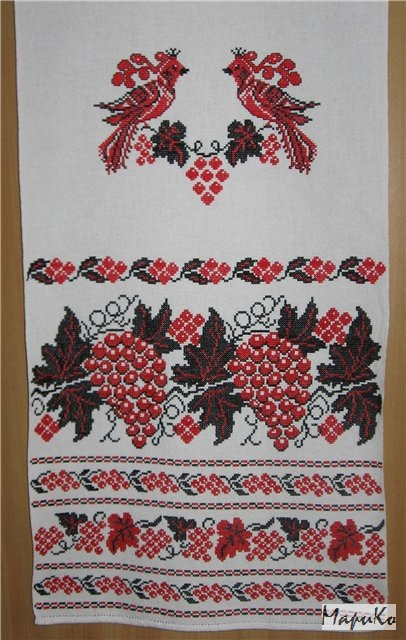 Вышивка крестом виноград на рушнике